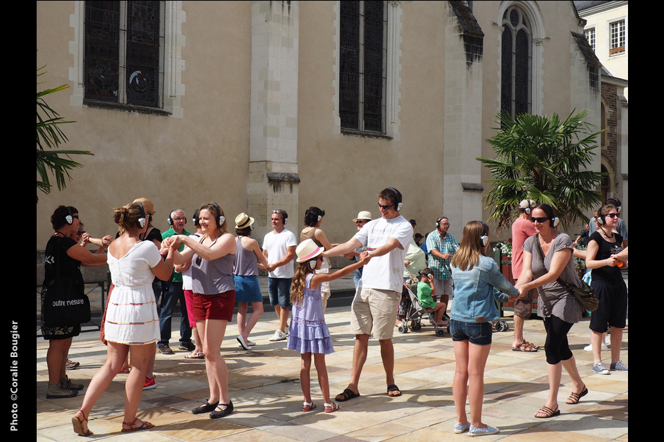 Happy Manif, Walk on the love side, David Rolland Chorégraphies, Nantes