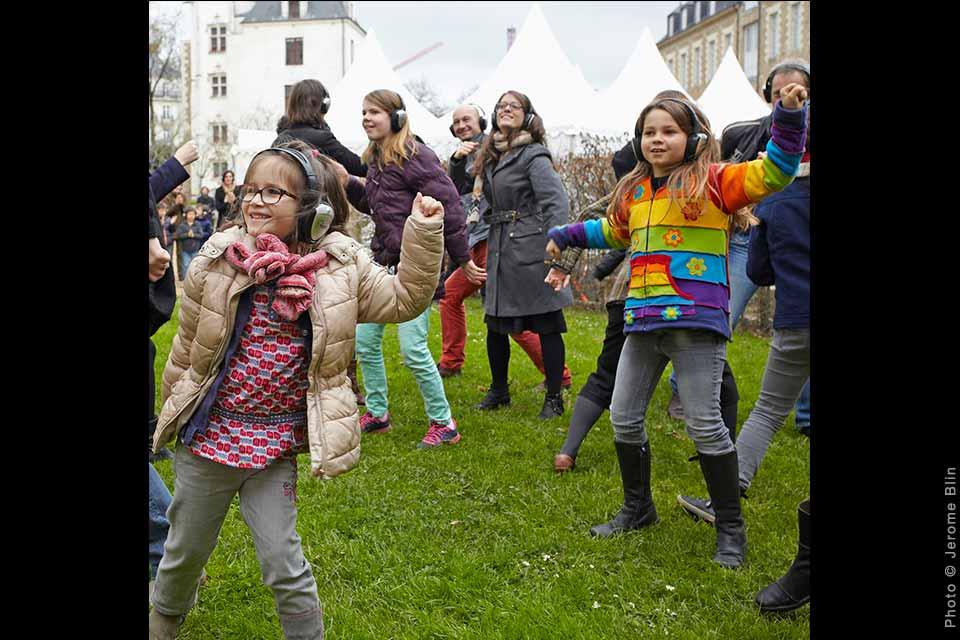Happy Manif (les pieds paralelles), David Rolland Chorégraphies, Nantes, danse